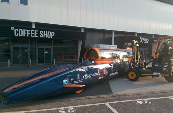 The Bloodhound SSC being offloaded on-site